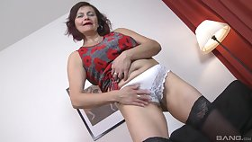 Wild fucking between two younger guys added to of age Simona Senfeldrova