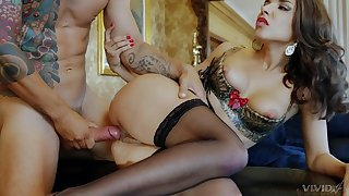 Elegant fuck lady works cock in smashing modes