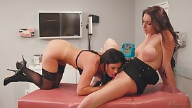 Hotties less the hospital have wicked lesbian sexual congress