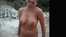 Mature milf having fun unvarnished