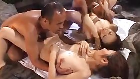 Japanese 4+4 orgy in an onsen