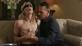 Threesome surprise be required of sex-starved wife fro small tits Mona Wales