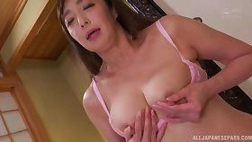 Asian Otowa Ayako touching their way shaved pussy until she cum badly