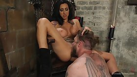 Bit of crumpet Lily Lane loves to anguish and penetrated her male slave