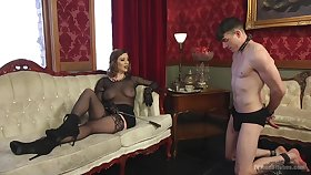 Sex-starved mistress Roseate Torn is bonking submissive  pauper and enjoys light sitting